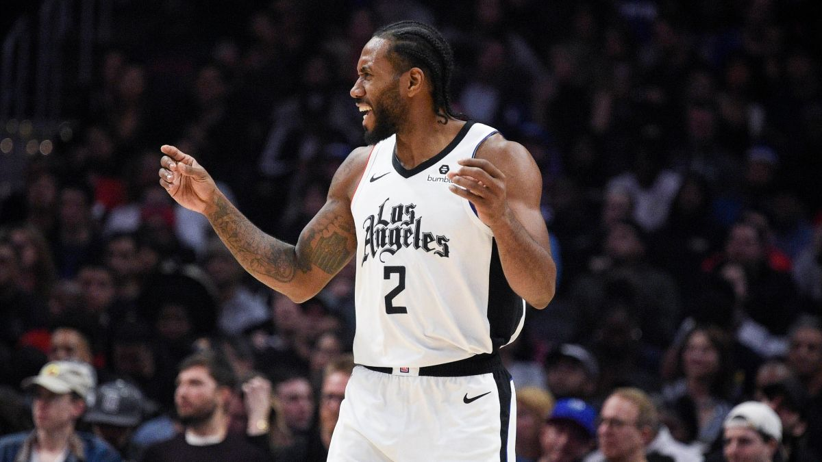 Clippers vs. Raptors Odds, Pick: Sharps Betting Over/Under in Kawhi's Return to Toronto article feature image