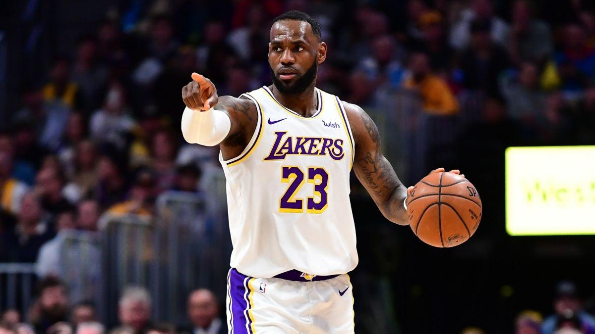 NBA Sharp Betting Picks (Dec. 4): Pros Hitting Over/Unders in Heat vs. Celtics, Lakers vs. Jazz article feature image
