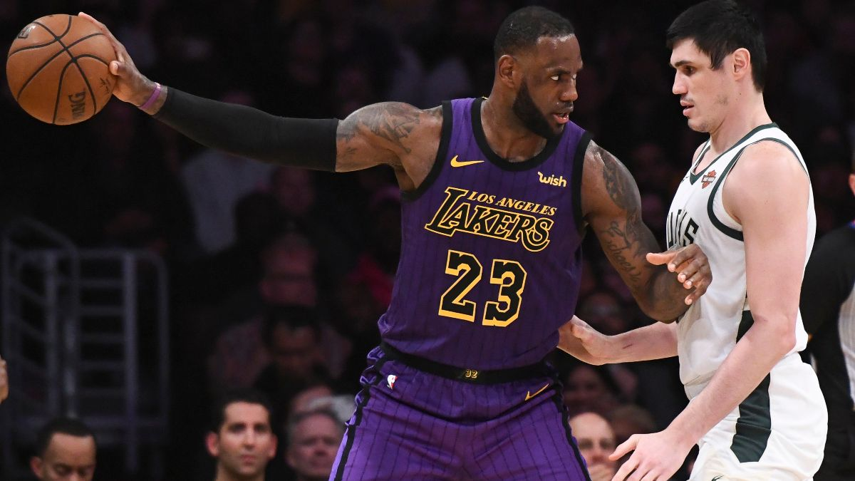 Moore: How the Lakers and Bucks Maximize LeBron James and Giannis Antetokounmpo article feature image