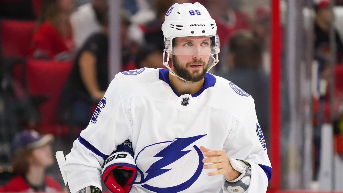 NHL Betting Notebook: The Lightning Look Ready To Run, the Oilers Are Floundering article feature image
