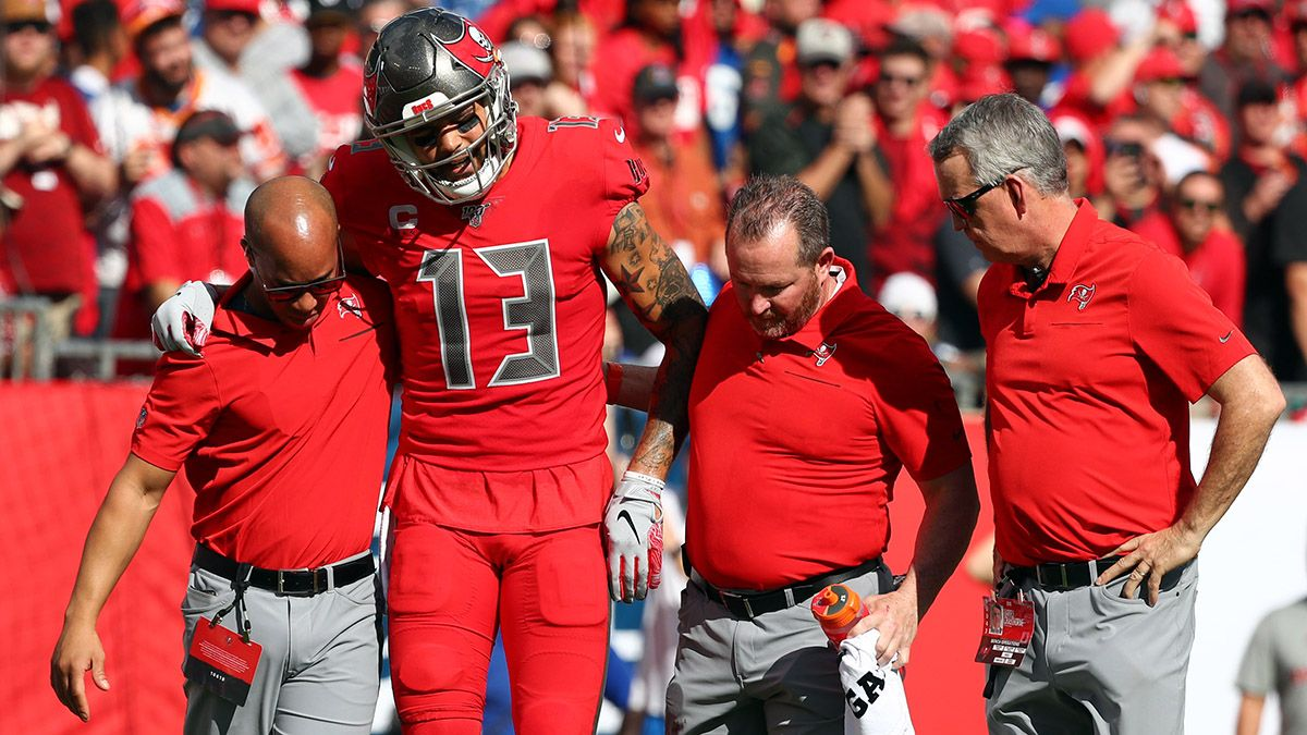 Week 15 NFL Injury Report: Mike Evans, Patrick Mahomes, More Fantasy Football Injuries article feature image