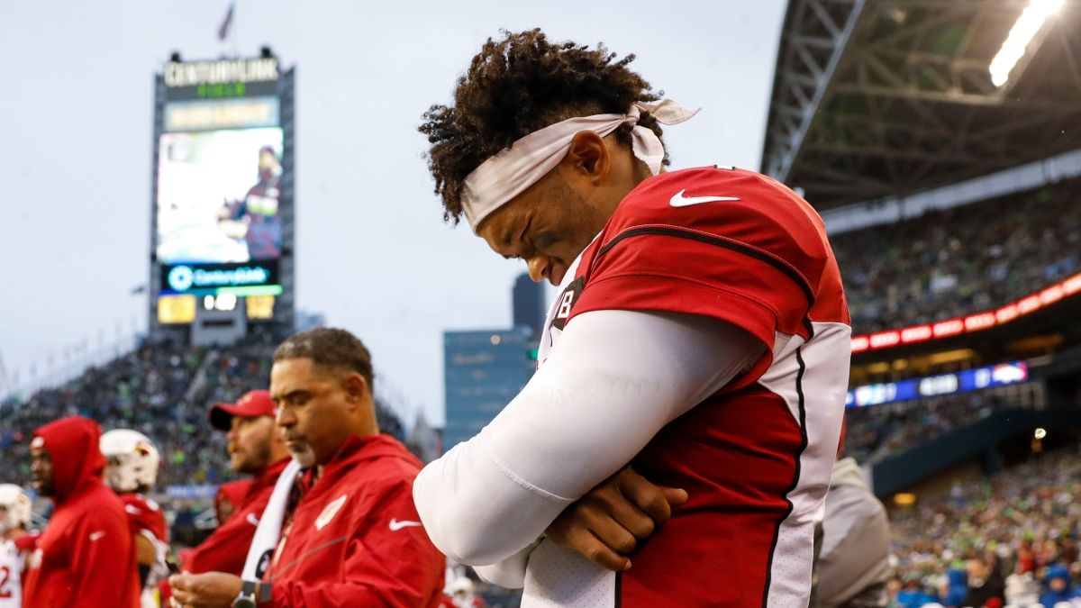 Week 17 NFL Injury Report: Daily Updates on Kyler Murray, Zach Ertz, More Injuries article feature image