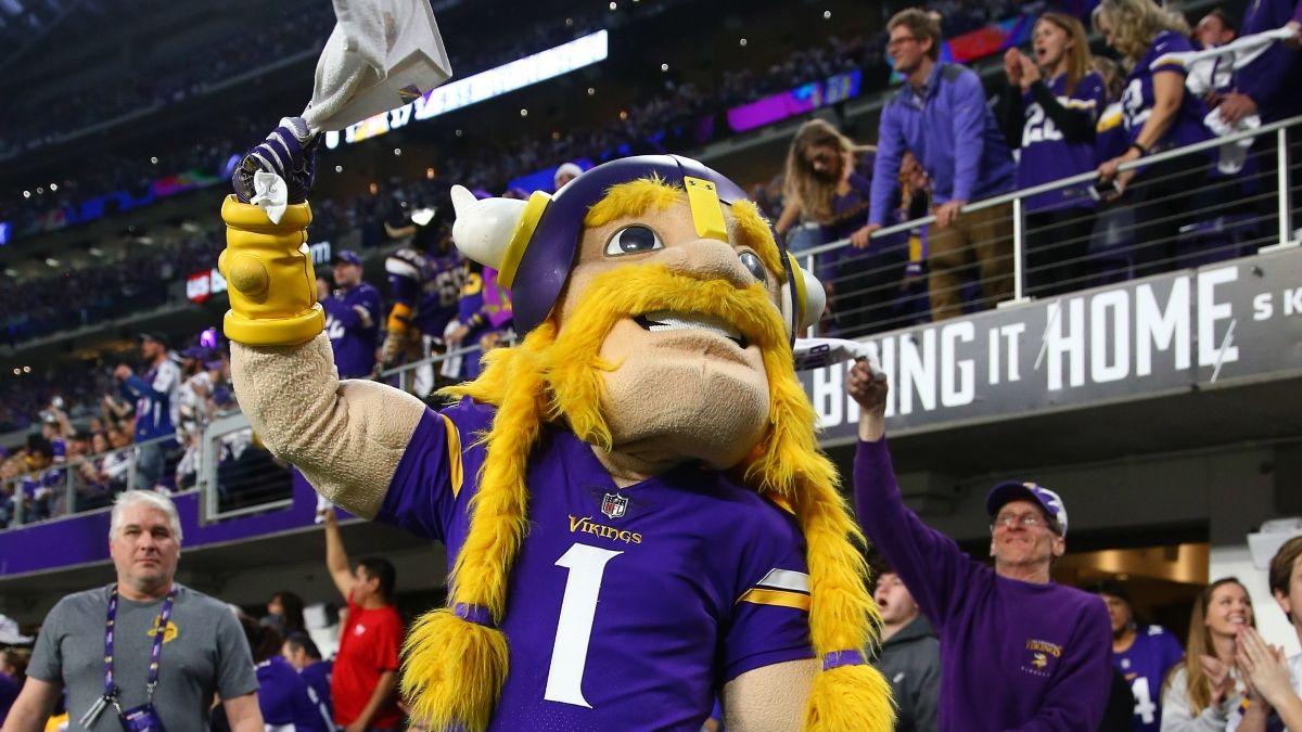 Koerner's NFL Pick 'Em Rankings: Best Week 14 ATS Bets & Straight-Up Picks article feature image
