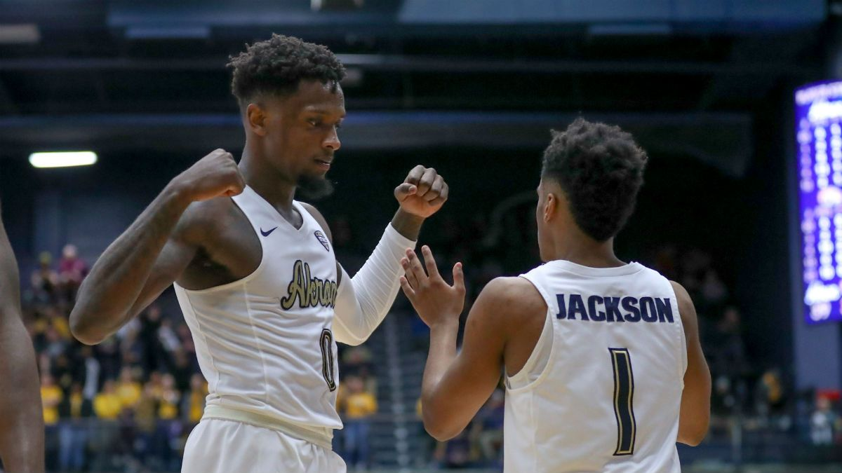 Tuesday College Basketball Betting Breakdown, Odds, Picks: Purdue's Road Woes, Akron's Offense, More article feature image