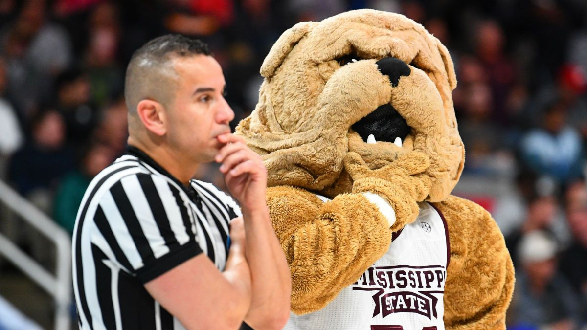Wednesday College Basketball Odds & Picks: Mississippi State-Alabama, Kansas-Iowa State article feature image