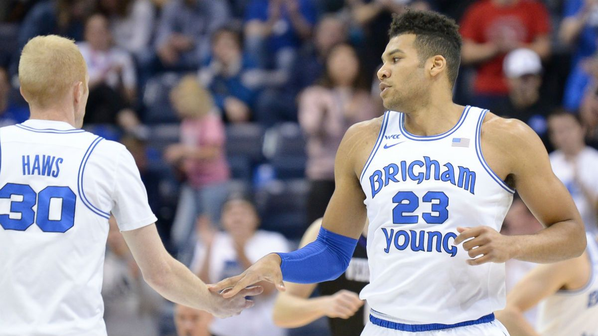 College Basketball Betting Picks: Our Staff's 5 Best Bets for Saturday article feature image