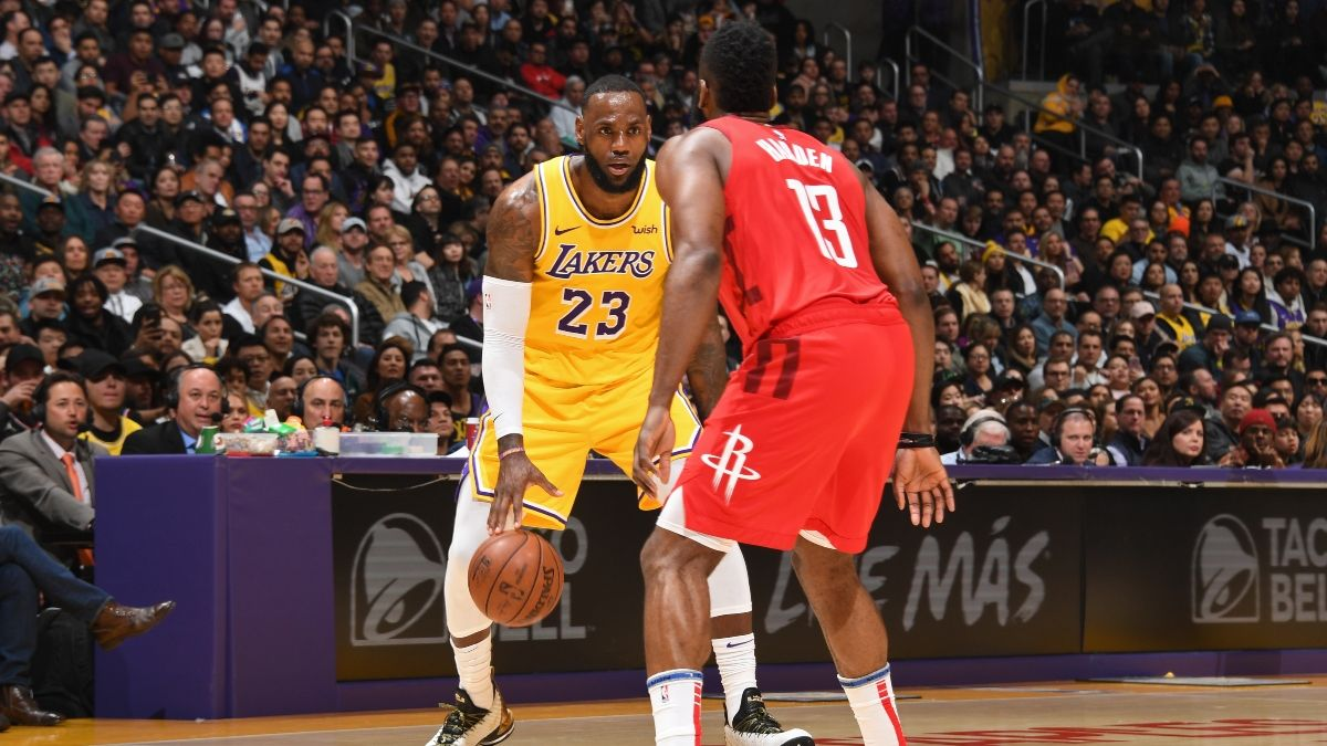 Lakers vs. Rockets Betting Picks, Betting Odds & Predictions: Sharp Action Pounding Over/Under article feature image