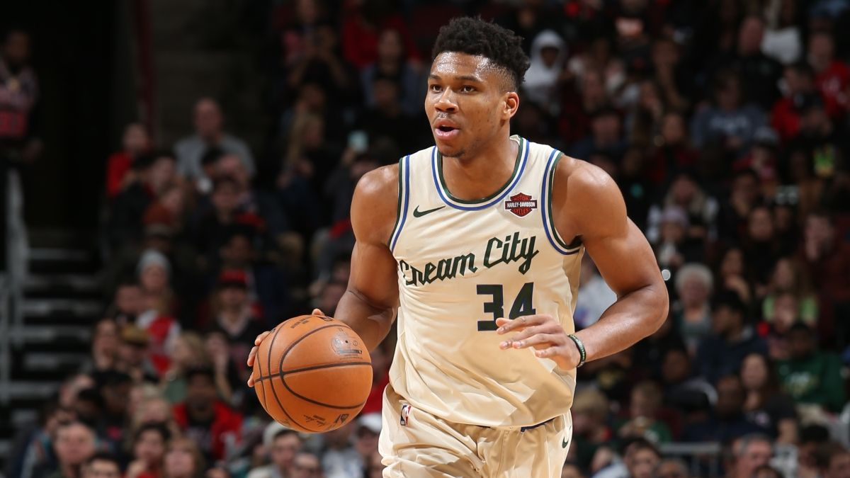 FanDuel Sportsbook Best Promo Code & Bonuses (Tuesday, Feb. 25): Giannis vs. Raptors & Iowa-Michigan State Odds Boosts article feature image