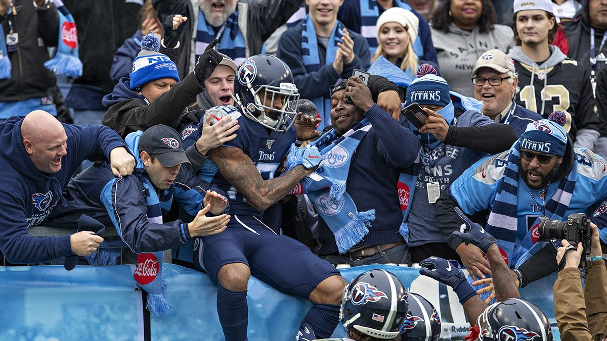 Rovell: Meet the 26-Year-Old Sweating a $76,000 Titans AFC Ticket article feature image