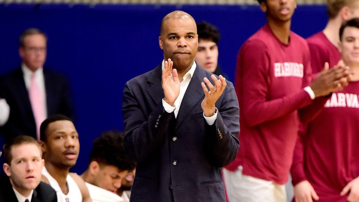 College Basketball Sharp Betting Pick: Smart Money Flips Harvard-Penn Line article feature image
