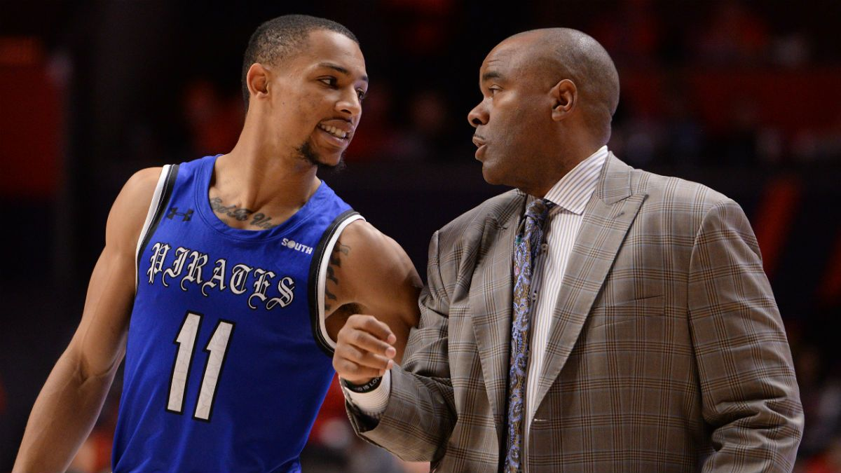 Thursday College Basketball Odds & Picks: Hampton at Campbell article feature image