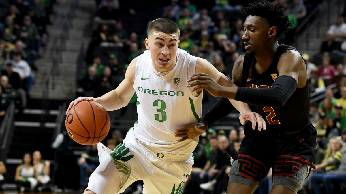Oregon vs. Oregon State Odds, Picks, Predictions: Beavers Have Dominated Civil War at Home article feature image