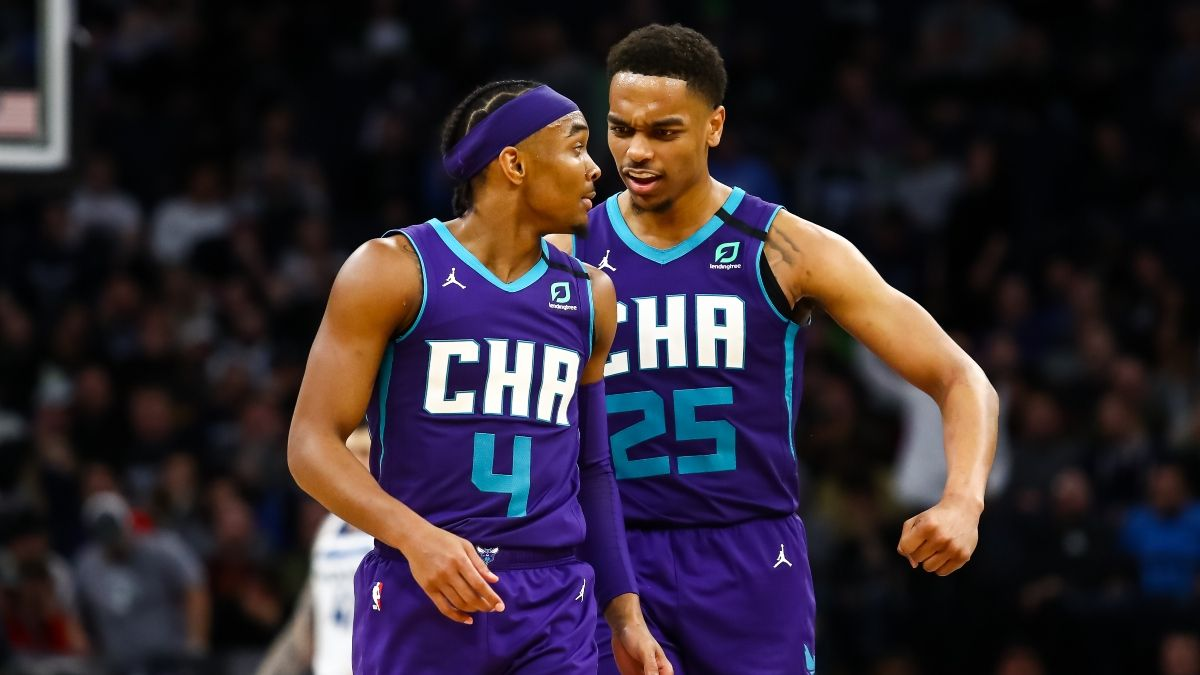 Hornets vs. Wizards NBA Odds & Picks: Sharp Action Backing Charlotte As Road Favorite (Tuesday, March 30) article feature image