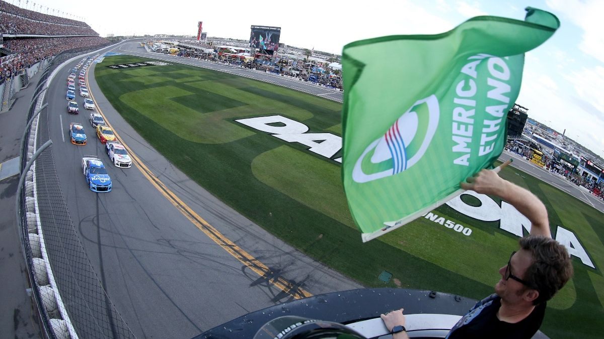 Updated Daytona 500 Weather Forecast, Start Time & Odds: Will Rain Be a Factor Again on Monday? article feature image