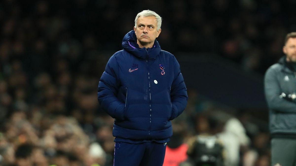 Premier League Odds and Picks: Southampton vs. Burnley, Liverpool vs. Norwich and Spurs vs. Villa article feature image