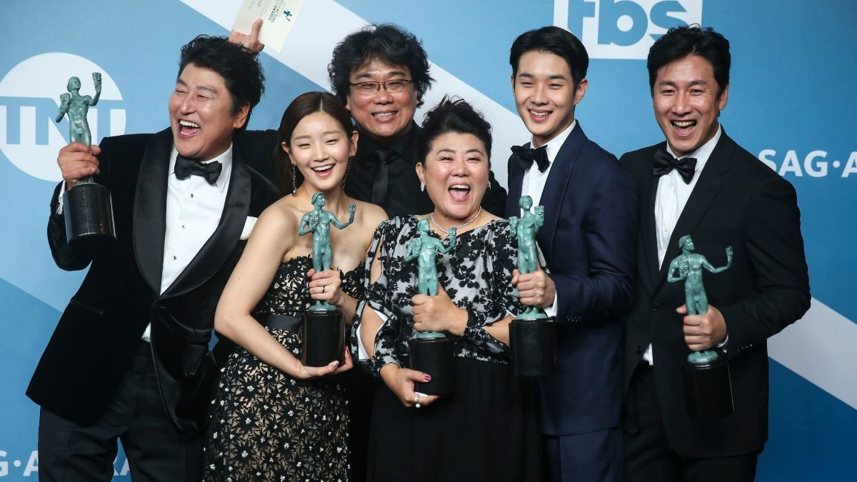 Best International Feature Film Predictions & Betting Odds for the 2020 Oscars article feature image