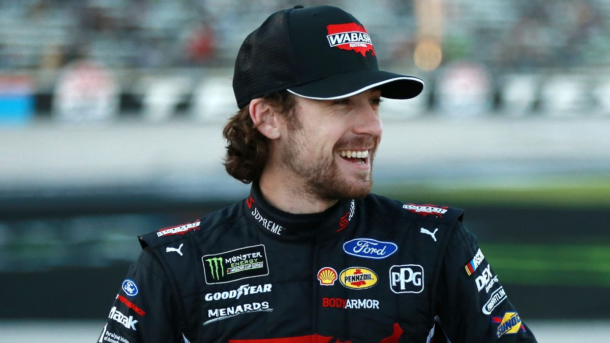 Ryan Blaney Daytona 500 Odds: Futures, Matchups, Prop Bets & Driver Ranking article feature image