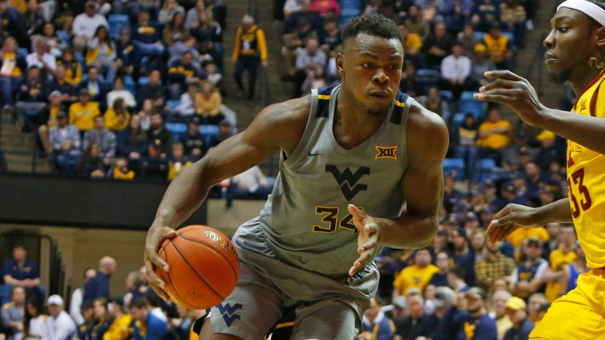 College Basketball Sharp Betting Picks (Feb. 15): West Virginia vs. Baylor, Seton Hall vs. Providence Among Games Drawing Action From Pros article feature image