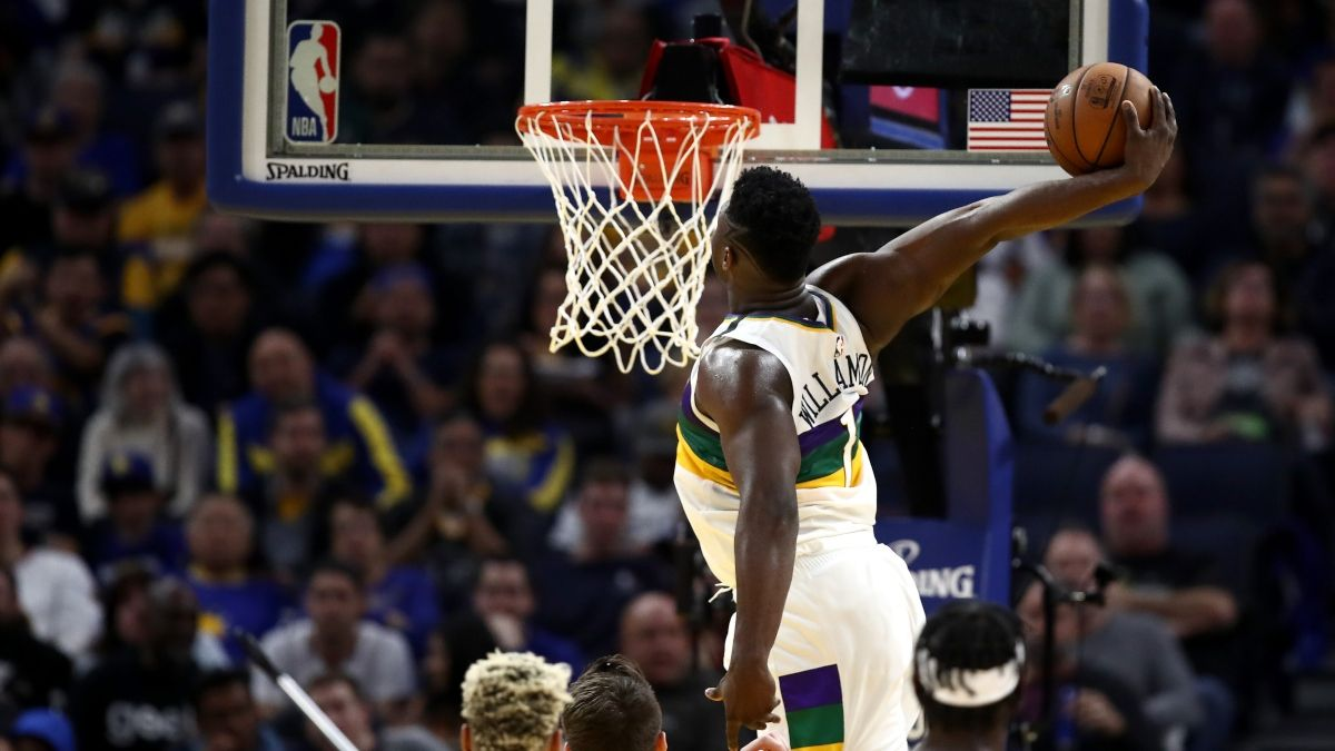 Pelicans vs. Lakers Pick & Sharp Report: How Pros Are Betting LeBron vs. Zion on Tuesday Night article feature image