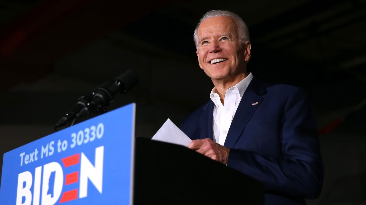 2020 Democratic Primary Odds: Joe Biden A Heavy Betting Favorite to Win Nomination Heading Into Debate article feature image