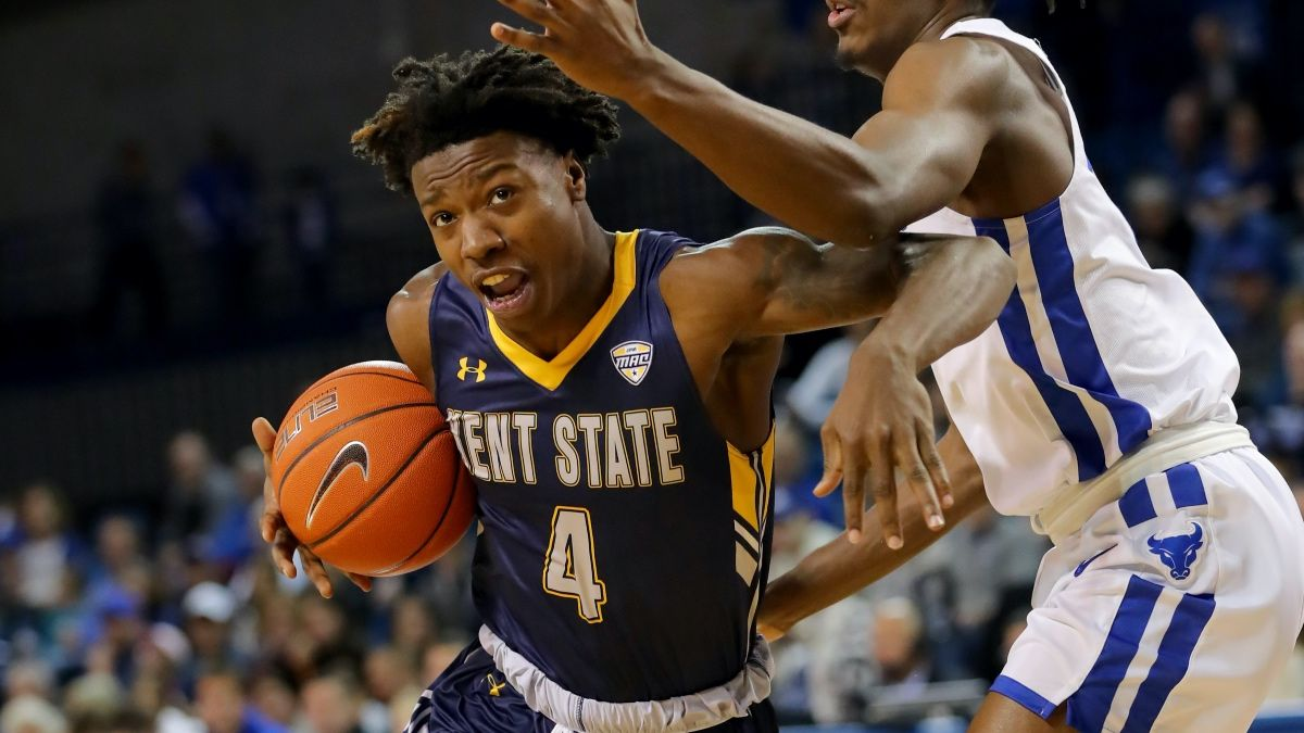 Monday College Basketball Betting Picks: Kent State-Eastern Michigan, Wisconsin Green Bay-Northern KentuckyOffering Spread Value article feature image