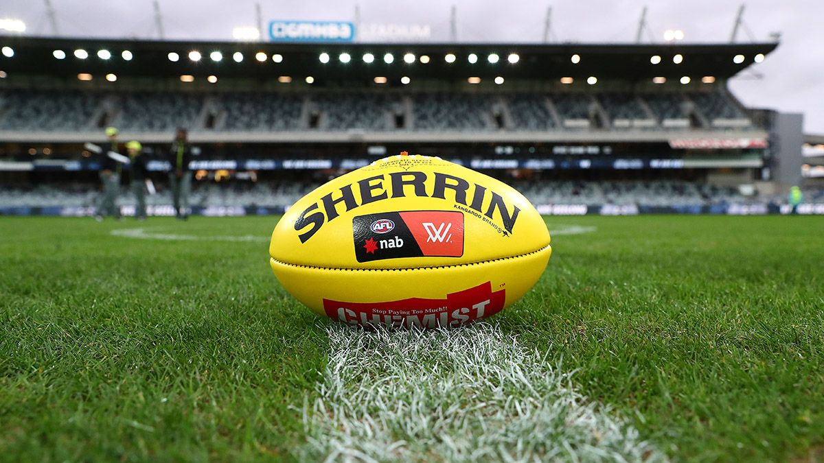 Aussie Rules Football Odds & Betting Picks: How to Bet GWS Giants vs. Geelong Cats article feature image