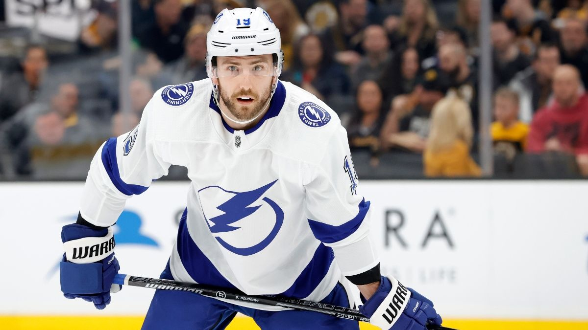 NHL Betting Picks & Odds: Bruins vs. Flyers, Lightning vs. Maple Leafs (Tuesday, March 10) article feature image
