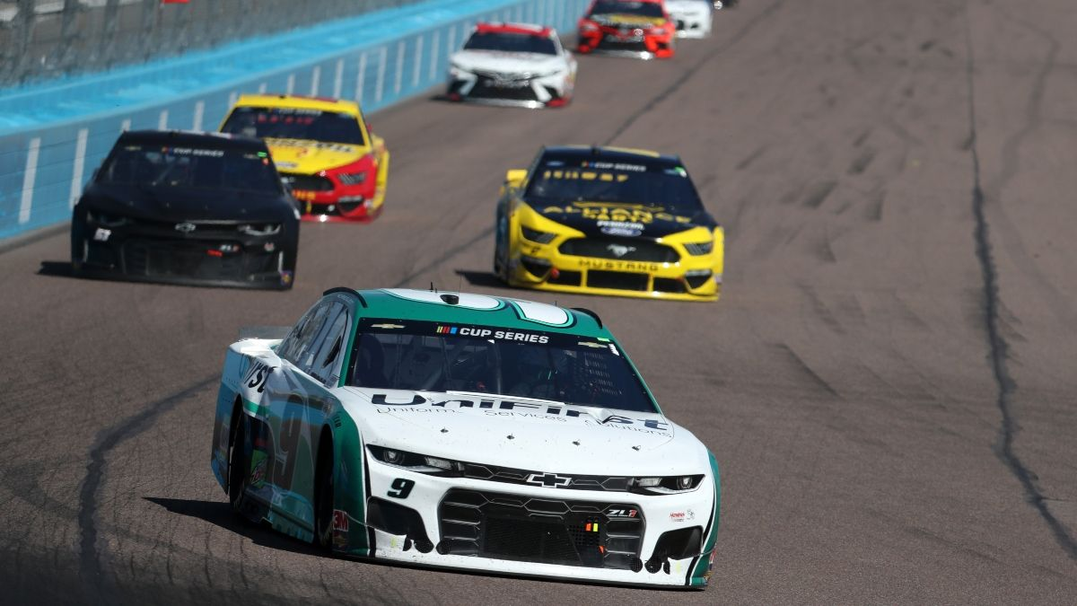 How to Bet on NASCAR: 3 Tips & Strategies for Properly Evaluating Weekly Practice Sessions article feature image