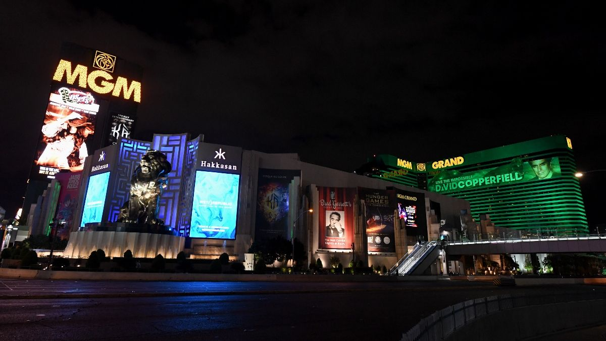 Sin City Shutdown: What Happens in Vegas When the Casinos Are Forced to Close Their Doors article feature image