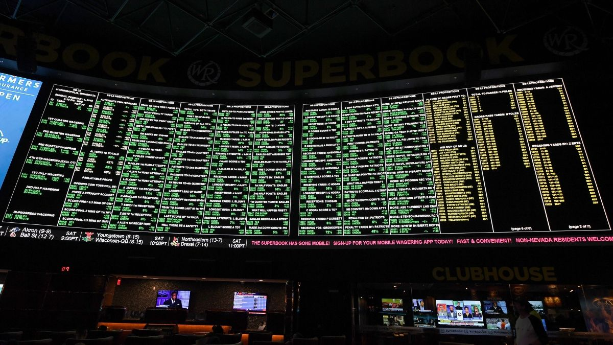 How Sportsbooks Will Handle NBA Win Total Bets, Futures After League Suspension article feature image