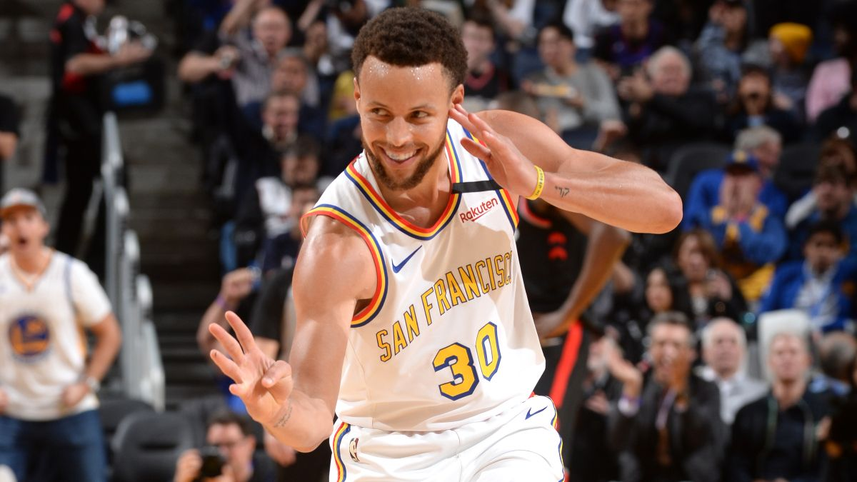 NBA King of the Hill Tournament: Stephen Curry Is the Real 1-on-1 Dark Horse article feature image