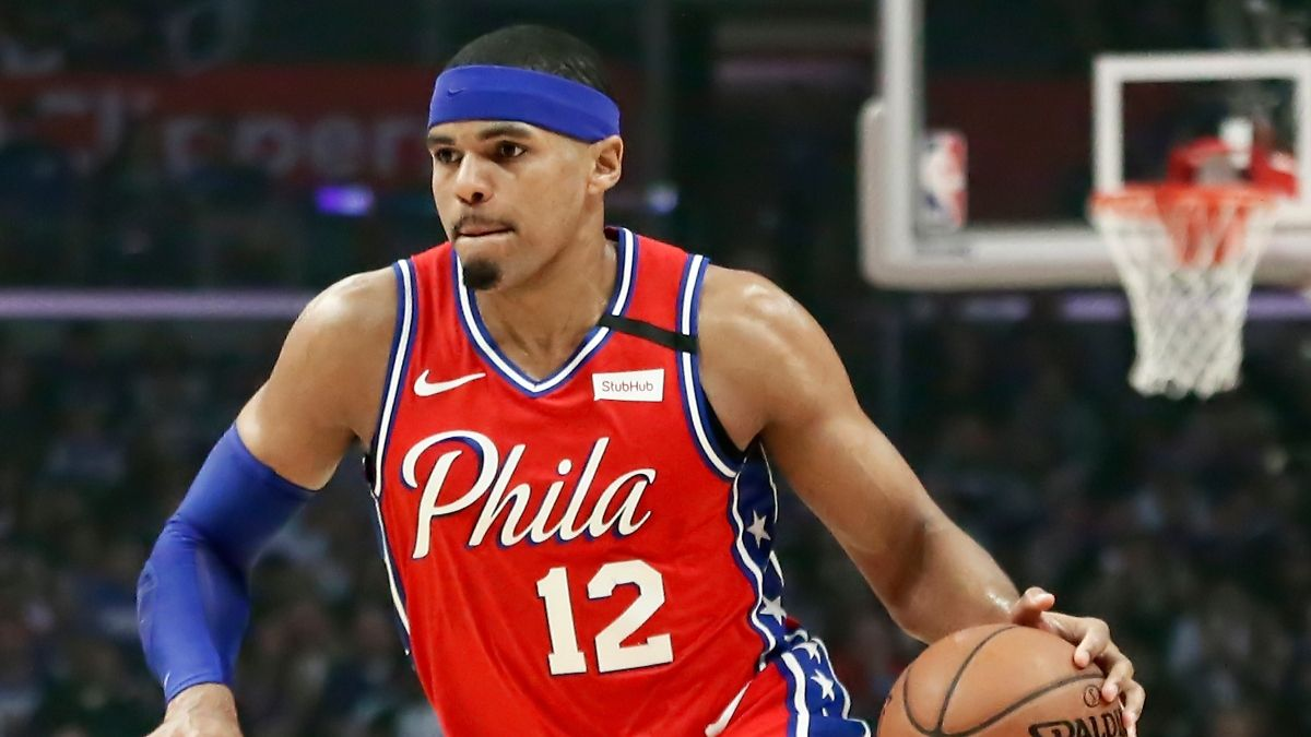 76ers vs. Kings Sharp Betting Pick (March 5): Pro Action Moving the Over/Under article feature image