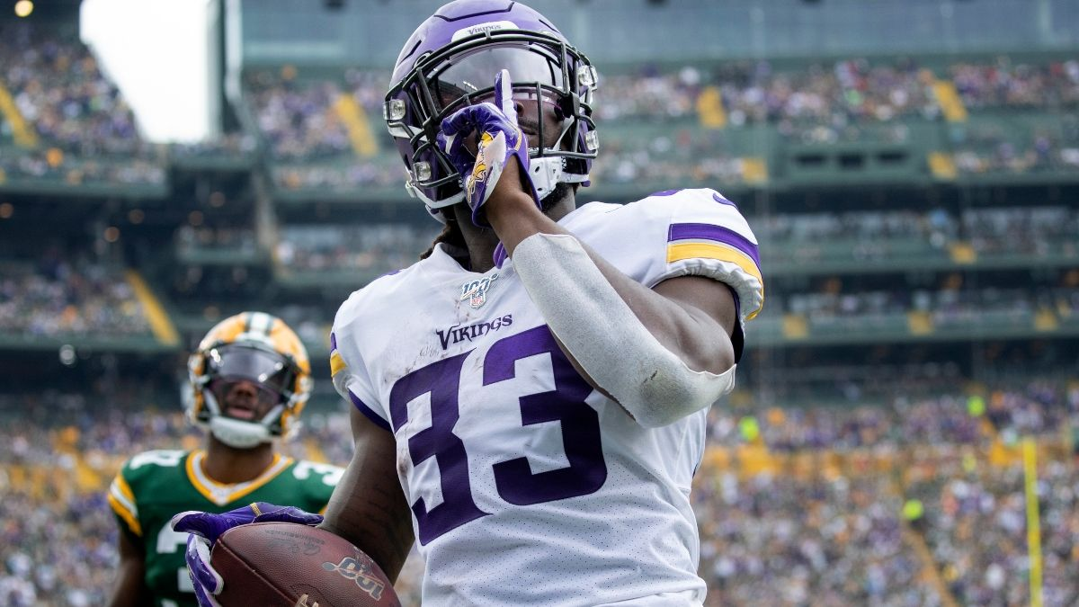 2021 Fantasy Auction Draft Strategy: 10 Tips For Nominating Players, Making Bids, More article feature image
