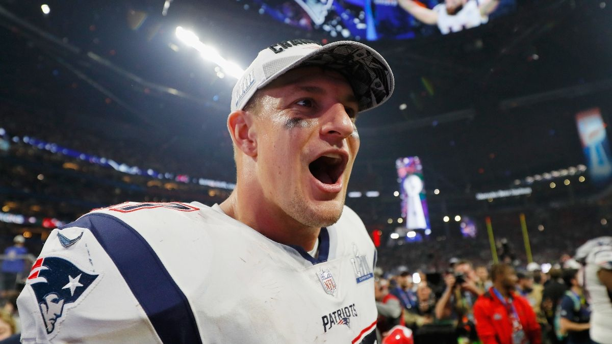 Tampa Bay Buccaneers Super Bowl Odds: How Rob Gronkowski Trade Affects Betting Market article feature image