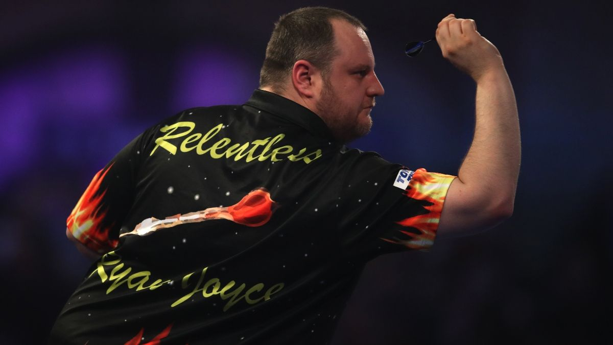 PDC Home Tour Darts Betting Odds, Preview and Picks for Day 10 (Sunday, April 26) article feature image