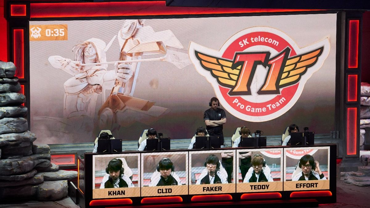 LOL Betting Odds Picks: Best Bets for DragonX vs. T1, Team WE vs. eStar Gaming (April 22) article feature image