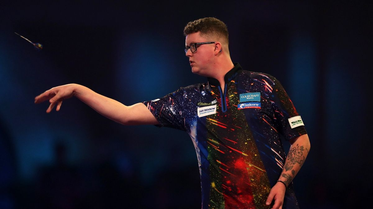 PDC Home Tour Darts Betting Odds, Preview and Picks for Day 2 (Saturday, April 18) article feature image