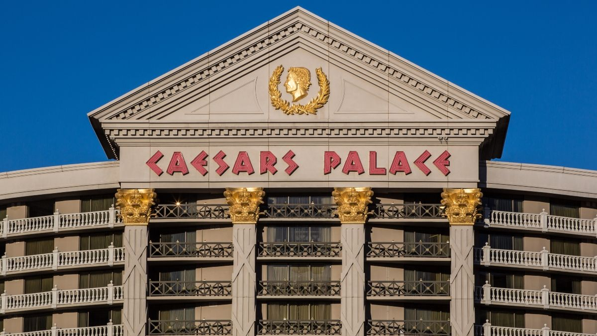 Caesars Closes Deal With William Hill; DraftKings Expands With SlingTV As Sports Betting Grows article feature image