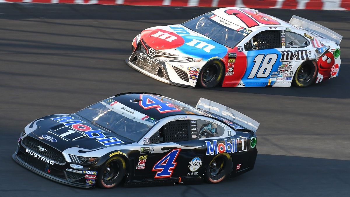 NASCAR Toyota 500 at Darlington Odds, Betting Pick: Target the Kevin Harvick vs. Kyle Busch Driver Matchup article feature image