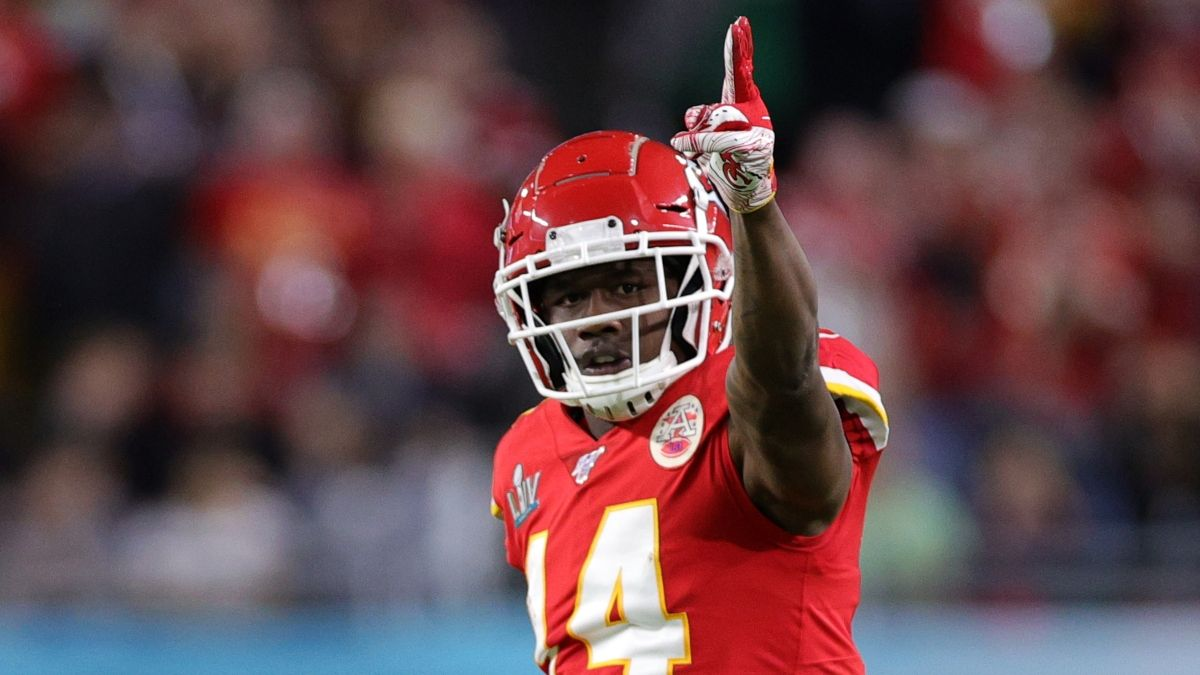 Chiefs WR Sammy Watkins Out vs. Bills, RB Clyde Edwards-Helaire Officially Active article feature image