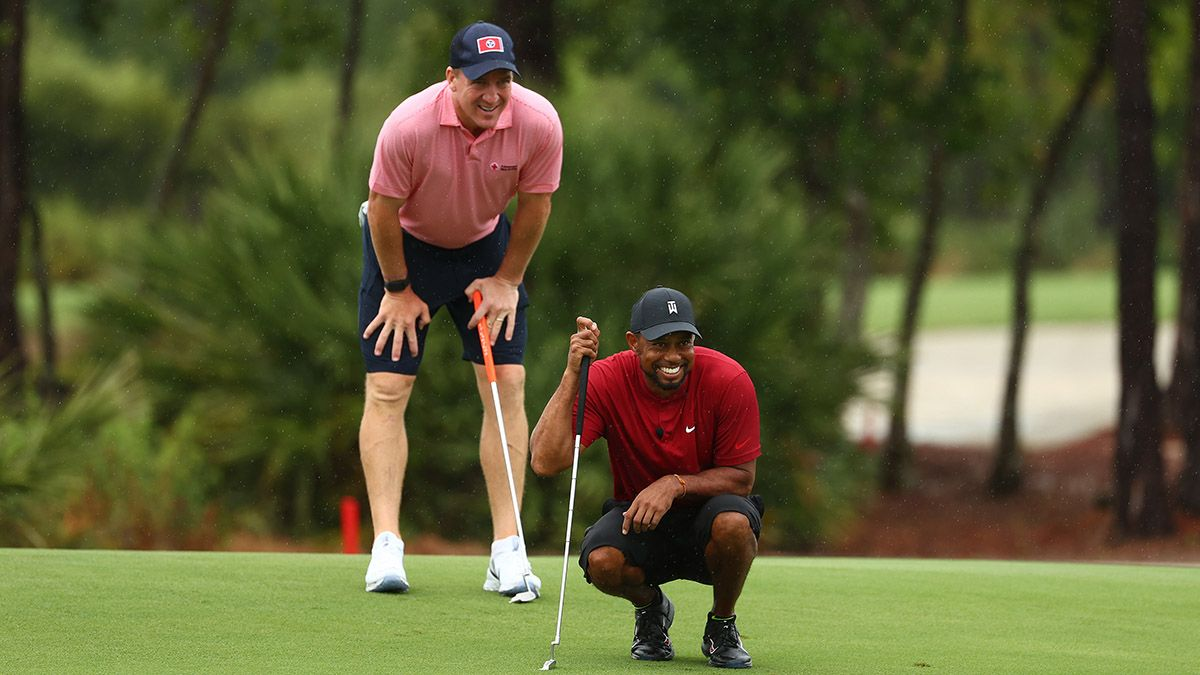 Tiger/Manning vs. Phil/Brady Breaks Golf Betting Records at Some Sportsbooks article feature image