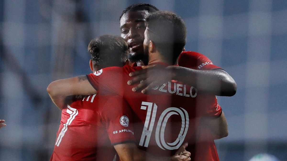 MLS Is Back Odds, Picks, Predictions: New England Revolution vs. Toronto FC (Tuesday, July 21) article feature image