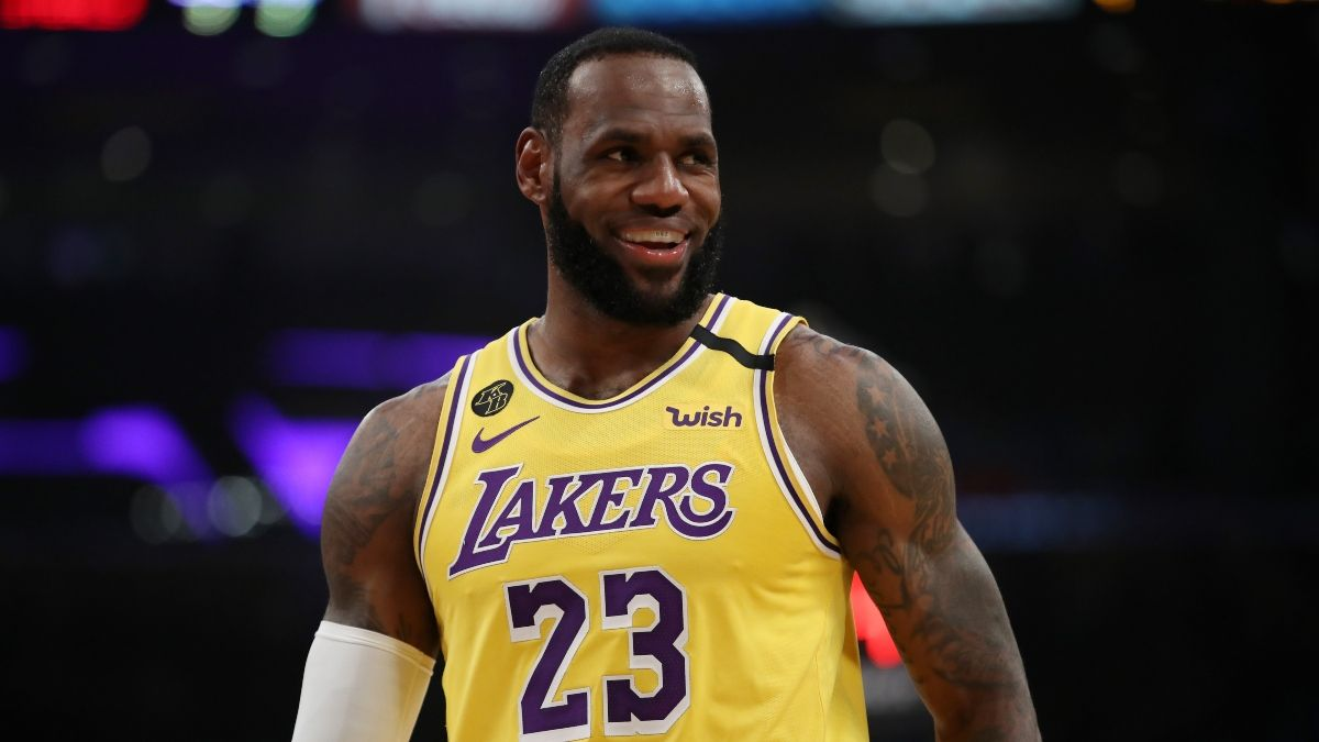 Lakers-Blazers Promos: Bet $25, Win $125 if LeBron James Scores 15+ Points article feature image