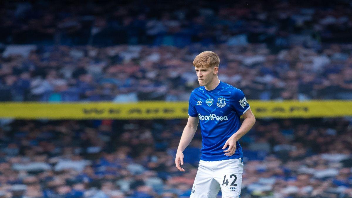 Premier League Odds, Picks & Predictions: Everton vs. Wolverhampton Wanderers (Sunday, July 12) article feature image
