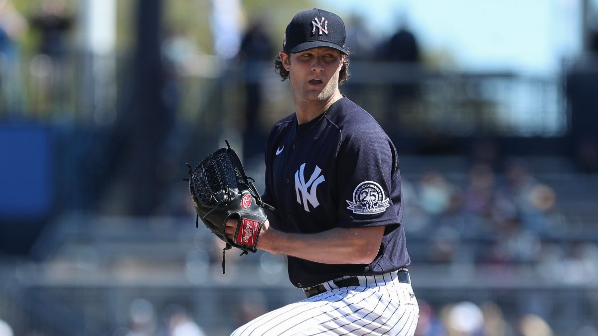 New York Yankees 2020 Betting Preview: Best Futures Odds & Season Projections article feature image