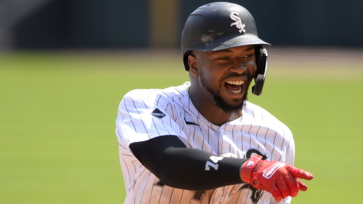 Monday MLB Best Bets: Our Staff's 4 Favorite Betting Picks, Including Braves vs. Rays & White Sox vs. Indians (July 27) article feature image