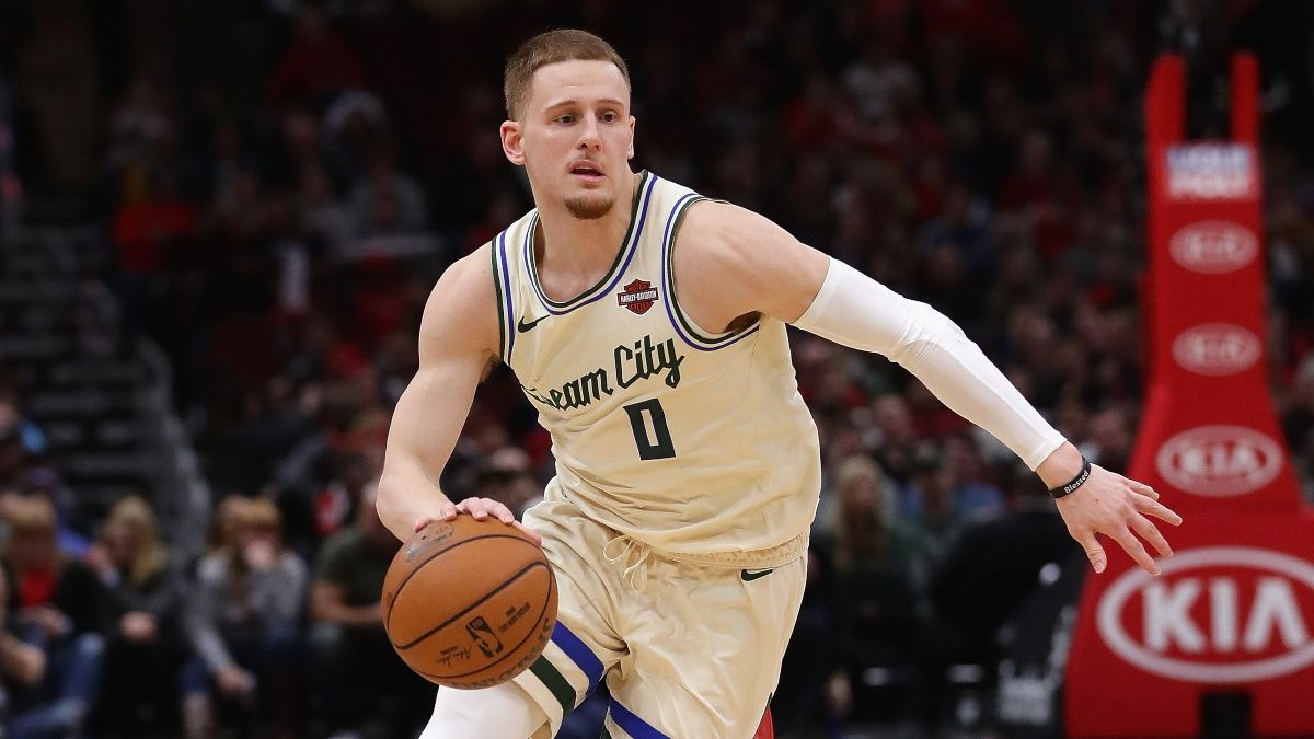 NBA Injury News & Projected Starting Lineups (Sunday, August 2): Latest on Bucks, Rockets, More article feature image