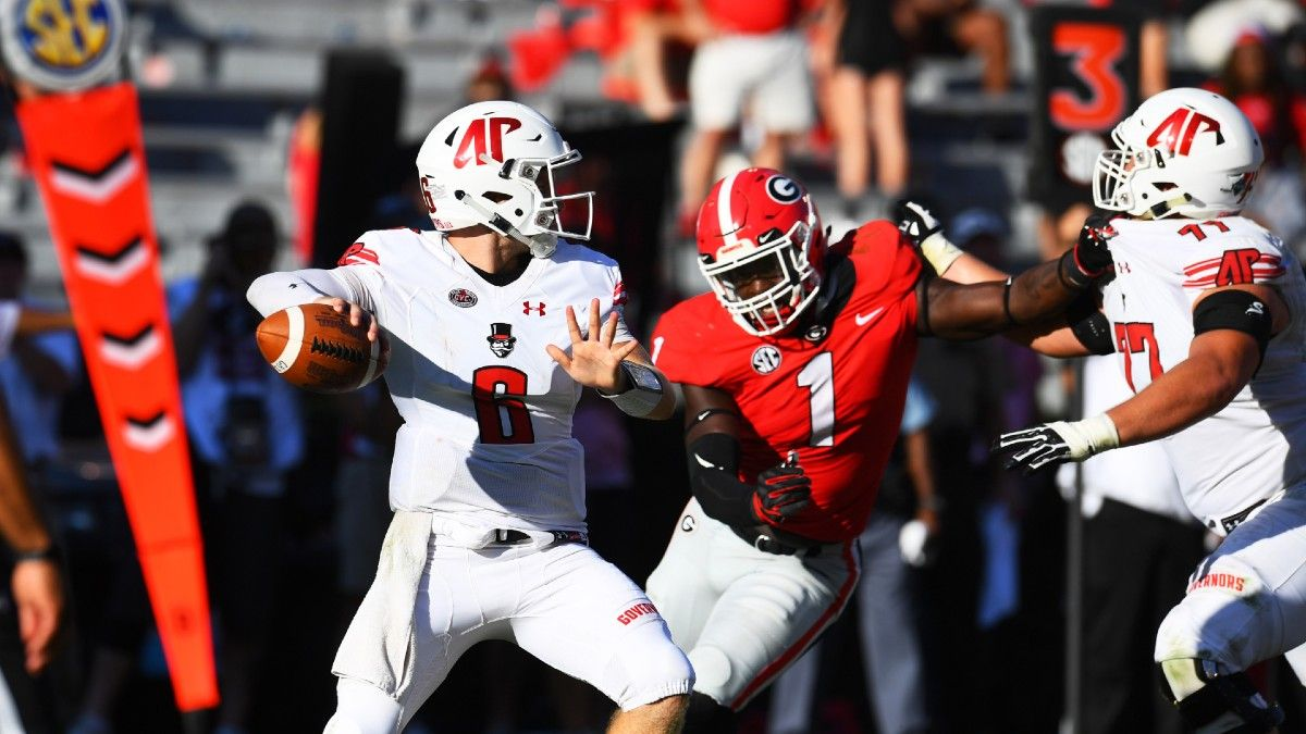 Central Arkansas vs. Austin Peay Odds, Picks & Predictions: How to Bet FCS Opener (August 29) article feature image
