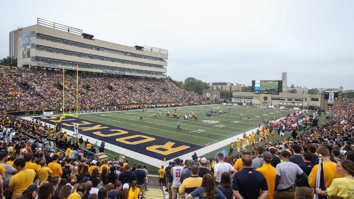 Report: MAC Cancels Football Season, First FBS Conference To Do So article feature image