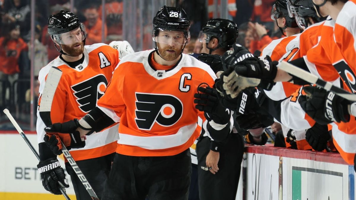 Saturday NHL Betting Odds & Promotions: Win $50 if Flyers Score at Least 1 Goal vs. Islanders in Game 7 article feature image